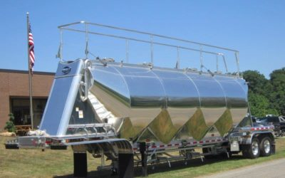 Product Spotlight: MAC Pneumatic Trailers For Sale
