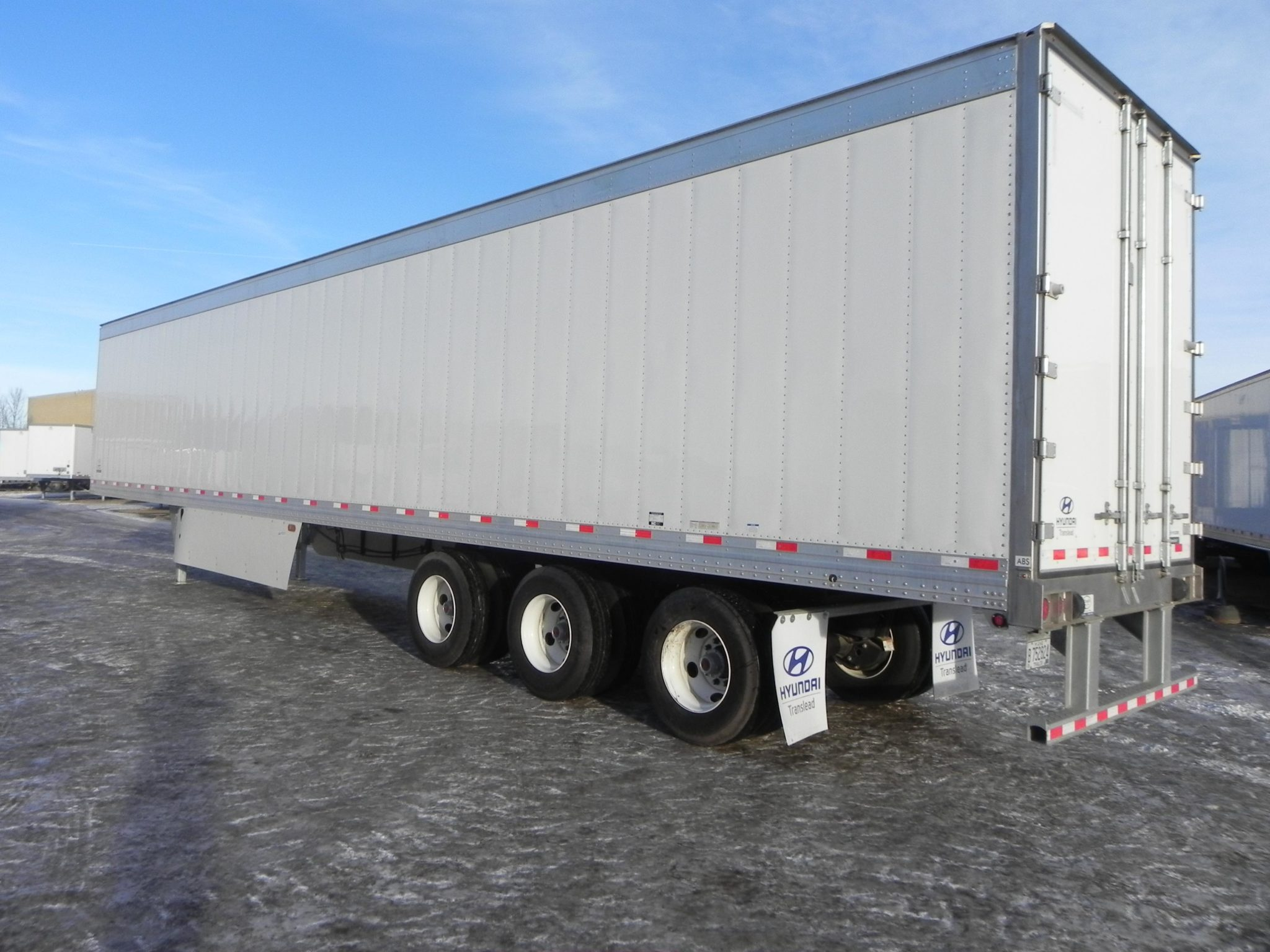 reefer trailers canada